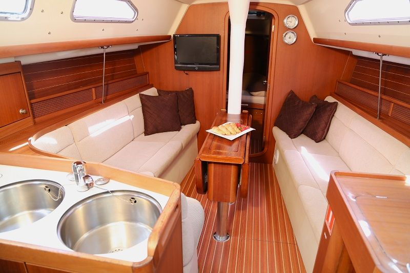 Internal photo of saloon on a yacht
