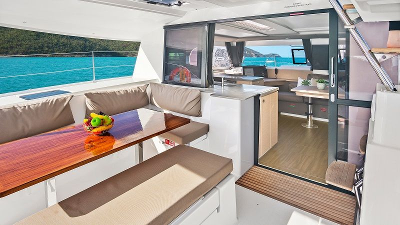 Back deck, Cumberland Charter Yachts