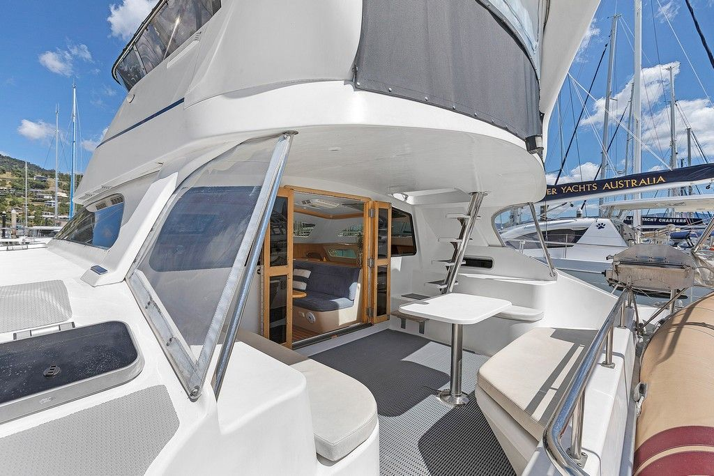 Perry 44.5 - Aft deck dining