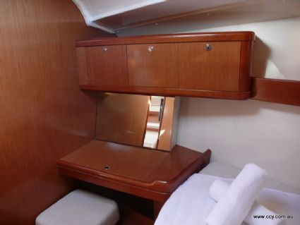 Forward Cabin Desk