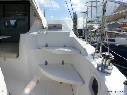 Steps to Foredeck