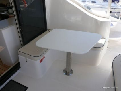 Cockpit Table