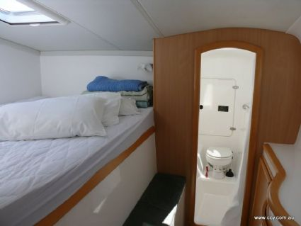 Starboard Forward Cabin and Ensuit