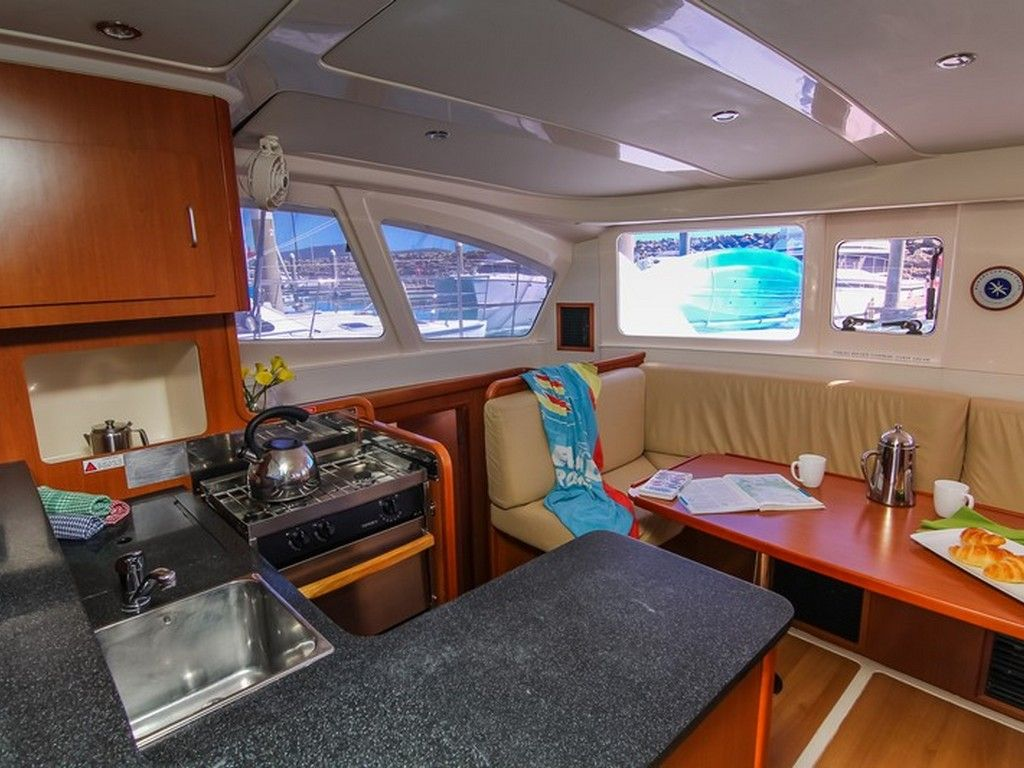 Leopard 38 - Galley and saloon