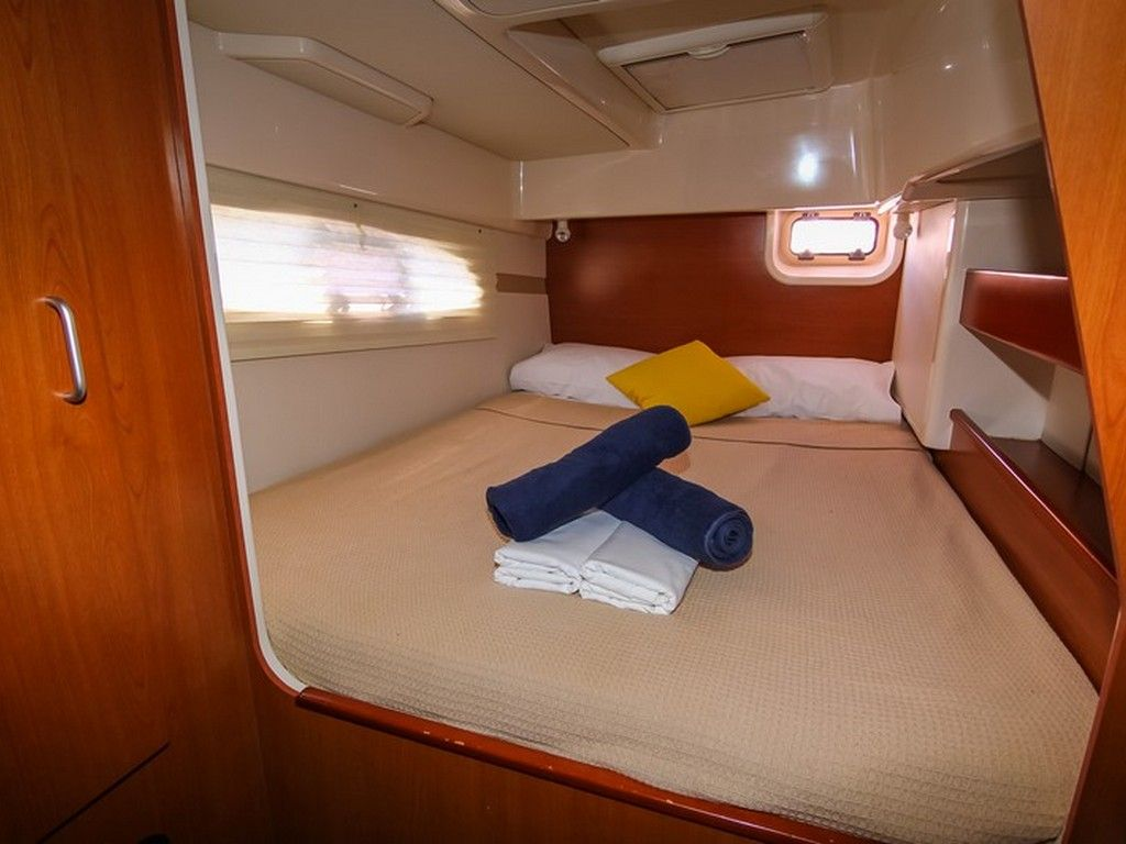 Leopard 38 - Private double cabins (x4)